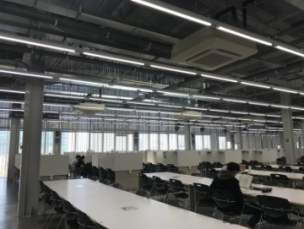 Long tables/open studying area - Floor 4